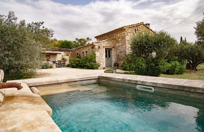 THE VILLA LeMAZET, vacation rental in Saint-Martin-de-Crau