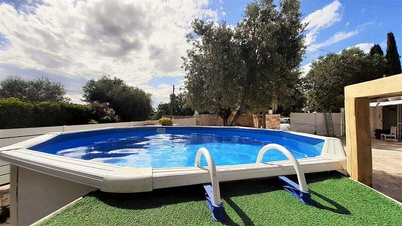 WePuglia - Villa Bellocchio, villa with priv. pool,perfect for family,Wi-Fi, holiday rental in Cozzana