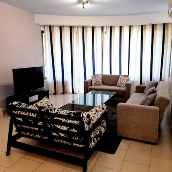 3-Bed Apartment in Nicosia, Ferienwohnung in Nikosia
