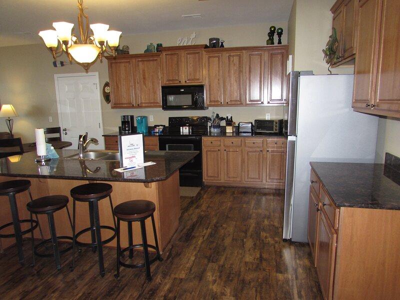 Furniture,Hardwood,Flooring,Oven,Indoors