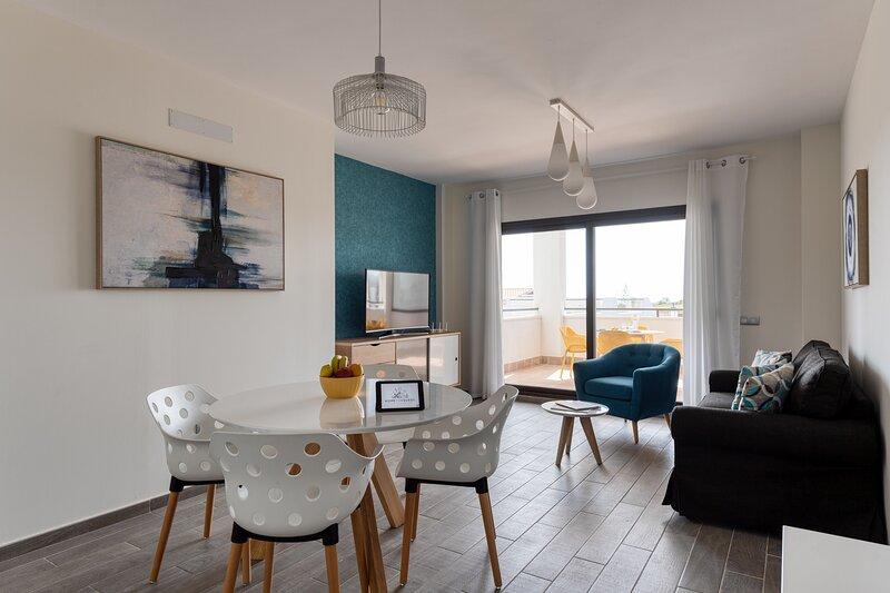 Apartamento en Residencial de lujo con parking piscina y terraza, location de vacances à Pozo Negro