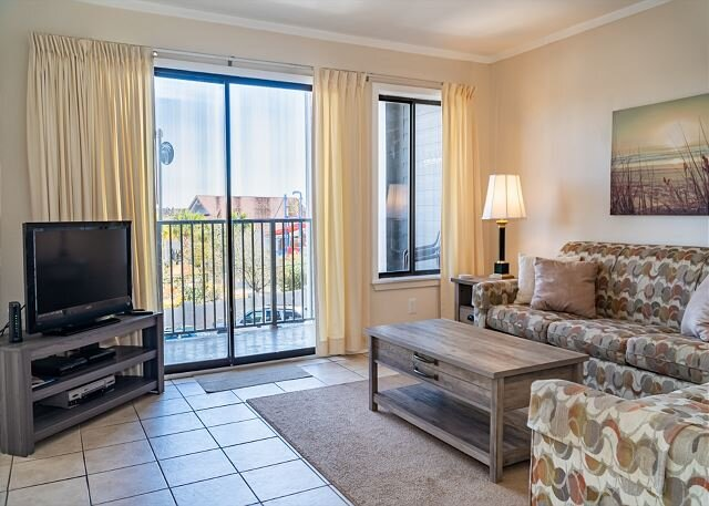 Myrtle Beach Resort A213 | Wonderful 2 Bedroom Condo w/ Full Kitchen, holiday rental in Socastee