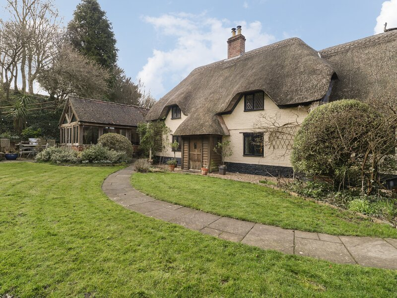 Under Acre Cottage, Winterborne Whitechurch, alquiler de vacaciones en Winterborne Whitechurch