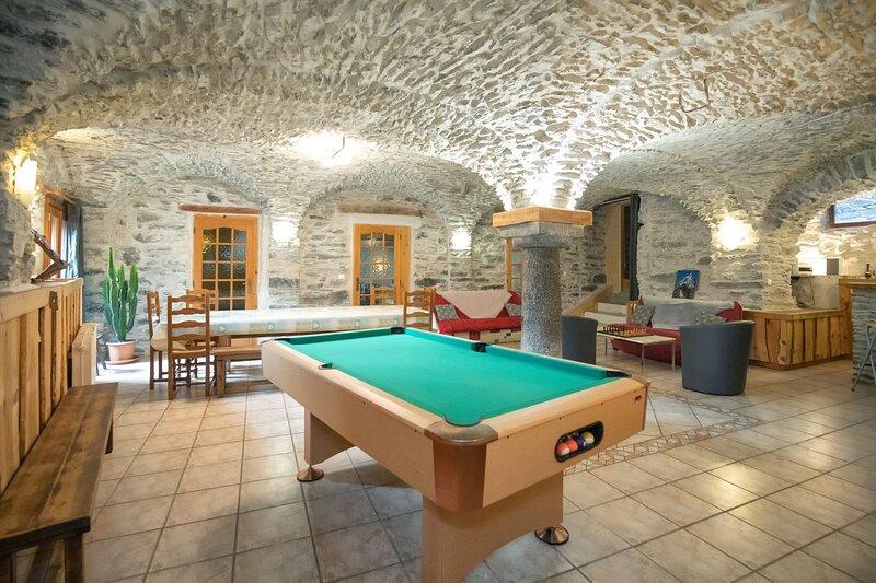 Le Chalet du Villard - 250 m² - proche station Orelle Val Thorens, location de vacances à Saint-André