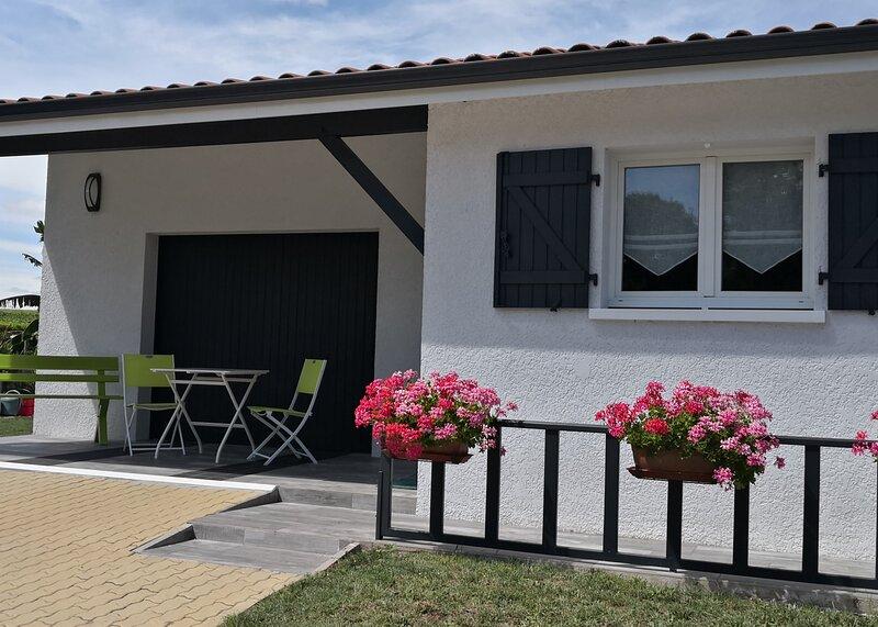 Coquet studio en Médoc, holiday rental in Prignac-En-Medoc