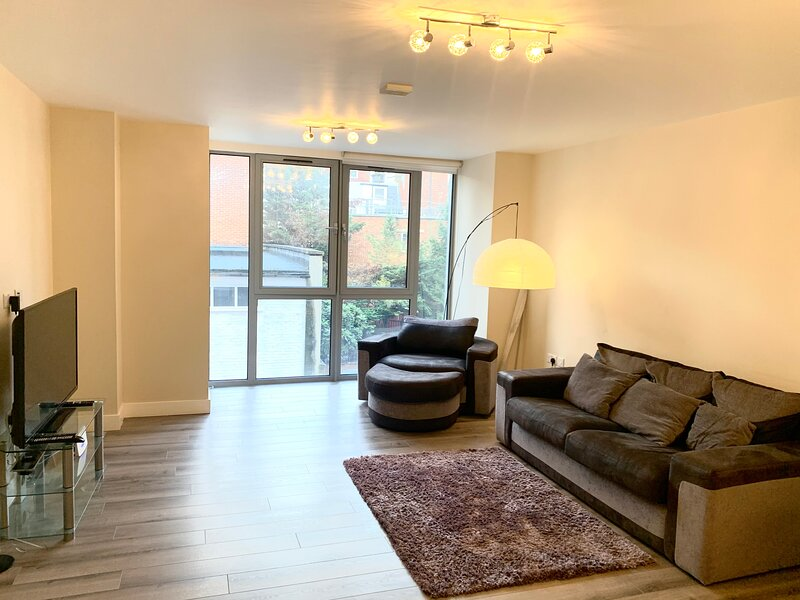 Luxury 1-Bed Apartment in Croydon, holiday rental in Sutton