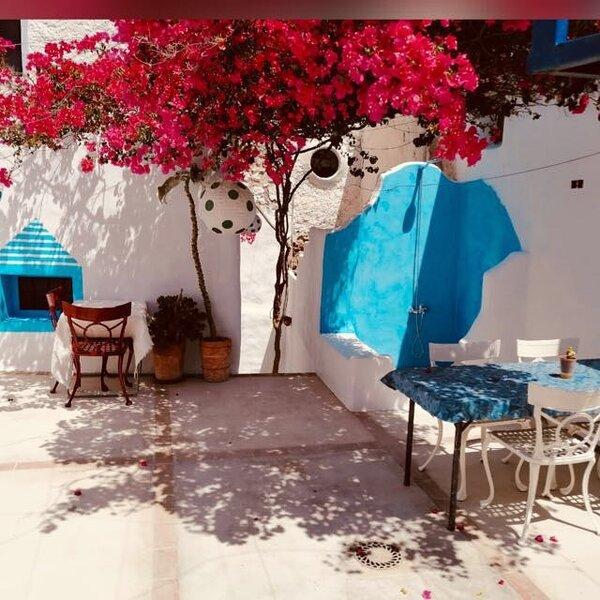 ESTRELLA FUGAZ, NIJAR: WIFI Free/Patio Andaluz/estufa leña, aluguéis de temporada em Nijar