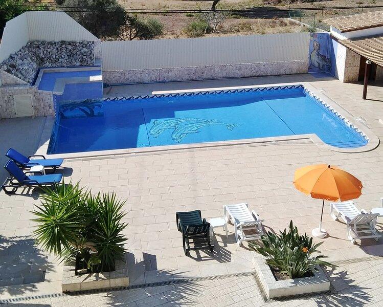 Villa Vista Bonita - Large 13 Bedroom Detached VIlla With Private Pool, alquiler de vacaciones en Albufeira