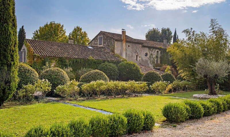 700m2 OF PURE BLISS THE Magical Provencal Hidden Gem-luxury Property Provence, holiday rental in Eyragues