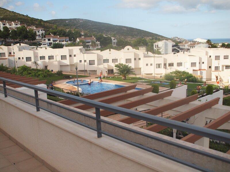 PISOS MICHEL PENISCOLA (T3), location de vacances à La Salzadella
