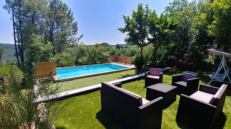 Belle maison au milieu de la nature, holiday rental in Prades