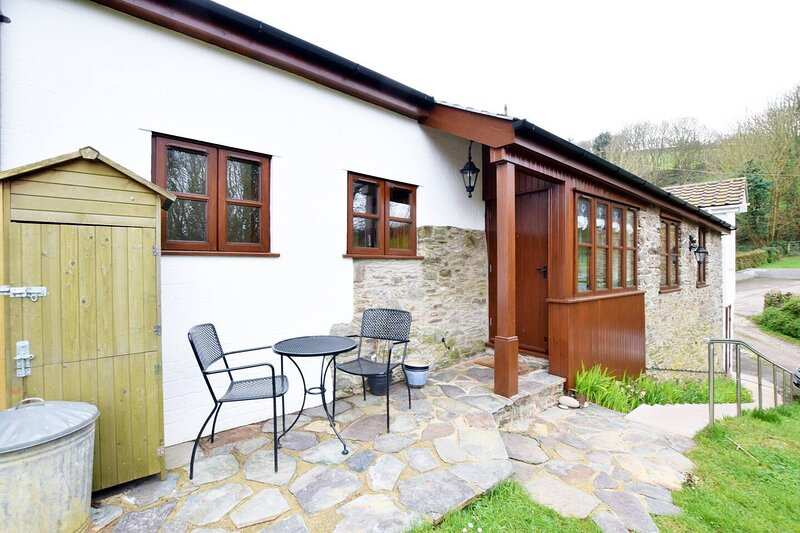 1 Bed Cottage 0.5 miles to the Beach in Devon – semesterbostad i Beesands