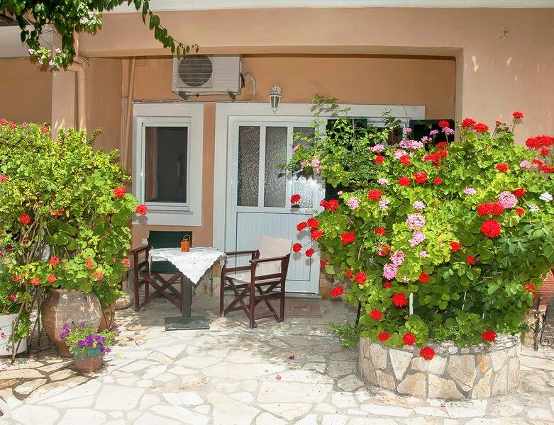 Holiday Studio Tonia - Pelekas Beach, Corfu, holiday rental in Avramis