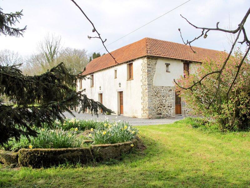 La Voisinière no. 3 (SVY406), location de vacances à Saint-Michel-de-la-Pierre