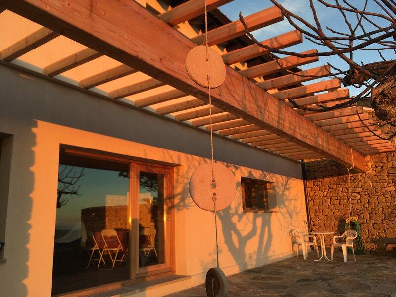 Casa Rural Belvedere de Ujué, alquiler vacacional en Sos del Rey Católico