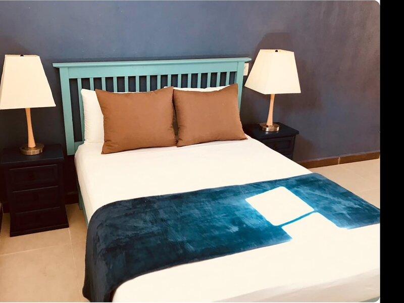 My Beach Getaway Condo is NOW for You!, holiday rental in Puerto Vallarta