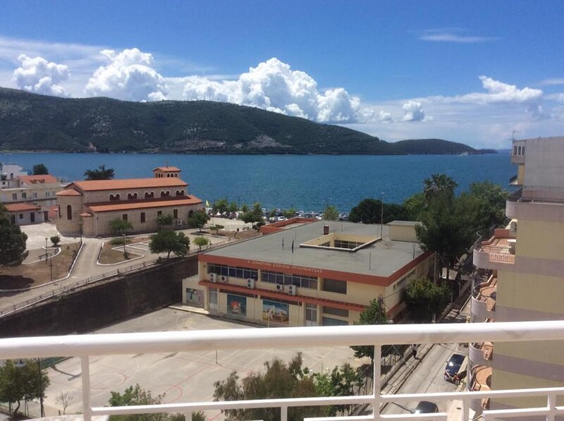 Amazing Sea View Studio near the Beach and city Center, holiday rental in Plataria