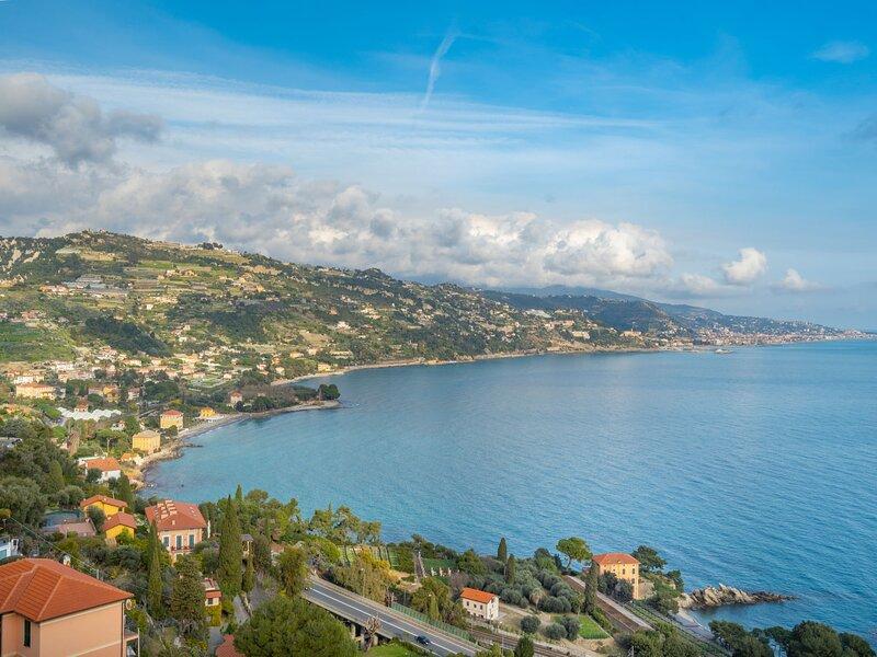 Il Pangolo (VMA280), holiday rental in Ventimiglia