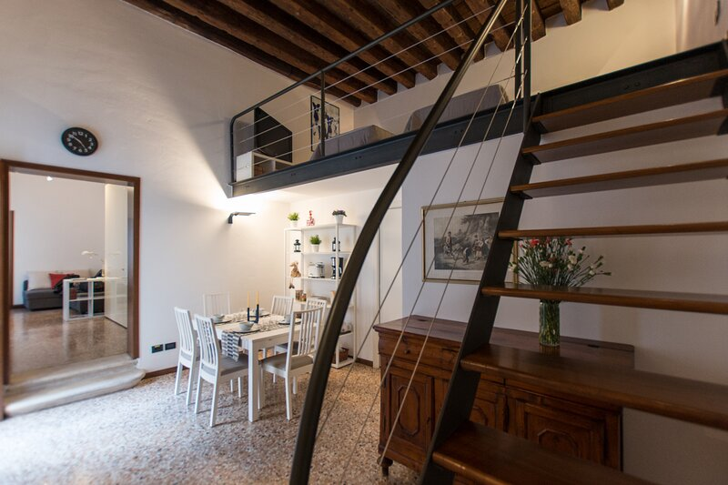A Due Passi Dal Duomo - Apt, vakantiewoning in Rubano