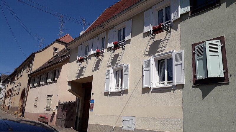 Nice house with balcony & Wifi, vacation rental in Wintzenheim
