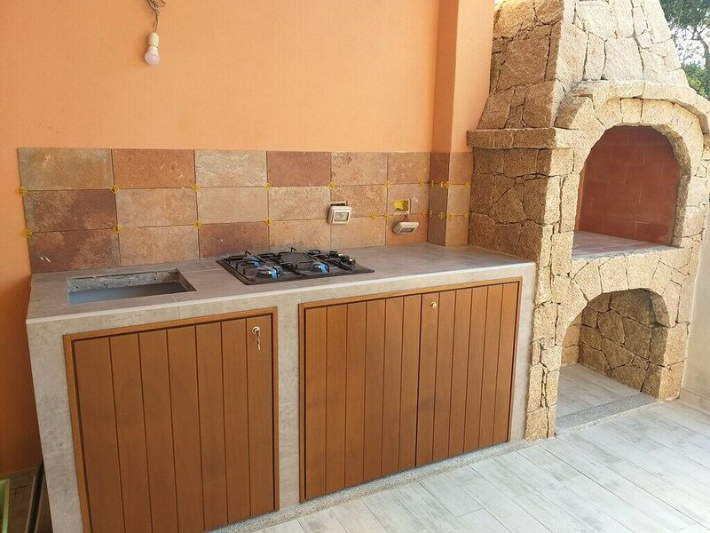 Beautiful house with garden, holiday rental in Lu Pultiddolu I