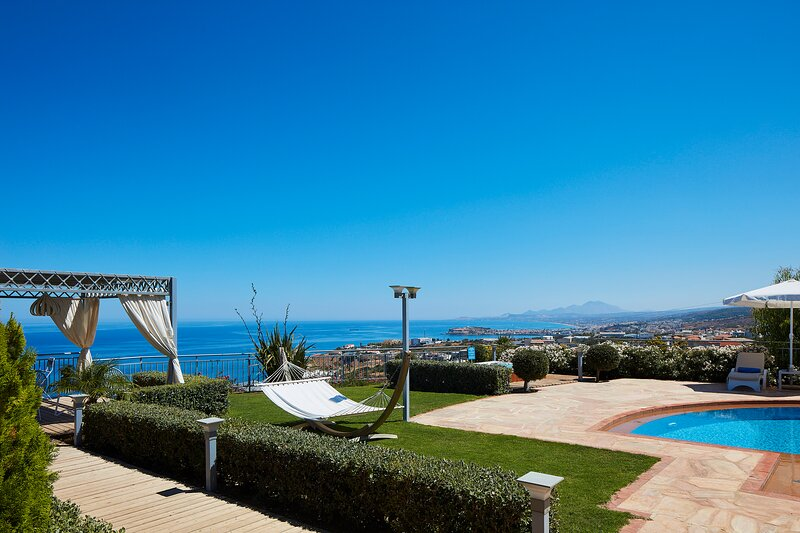 Villa Belle awaits to offer you a unique summer experience!