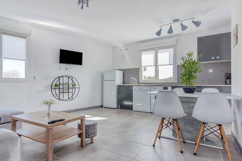 La Petite Occitanie - Appartement lumineux proche Perpignan, holiday rental in Peyrestortes
