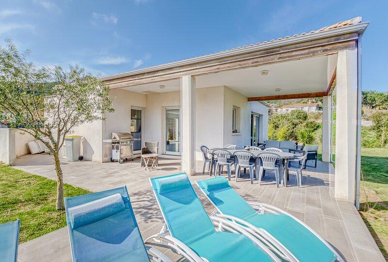 Villa San Benedetto - 12 personnes - Proche Ajaccio, location de vacances à Alata