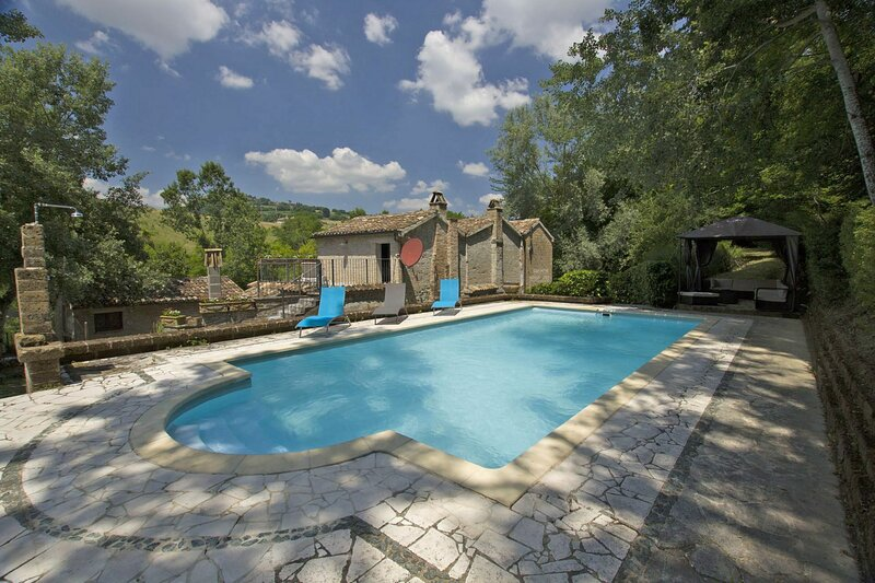 Villa Dell' Alchimista, holiday rental in Smerillo