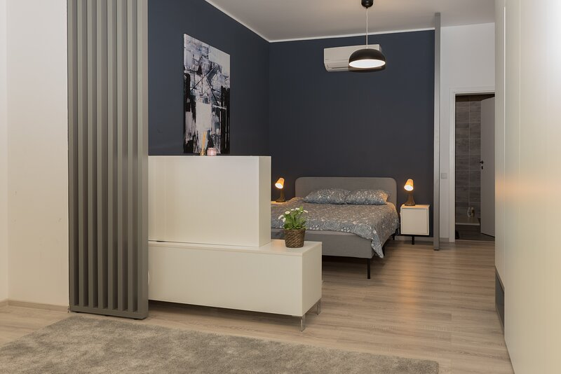 The Chic Minimalist - Interior Designed, location de vacances à Nord-est de la Roumanie