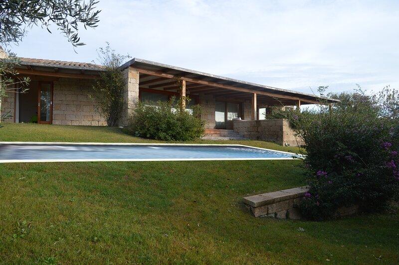 The Conca di la Jatta at the Giardini dell'Aldia in San Teodoro, vacation rental in Case Peschiera-lu Fraili