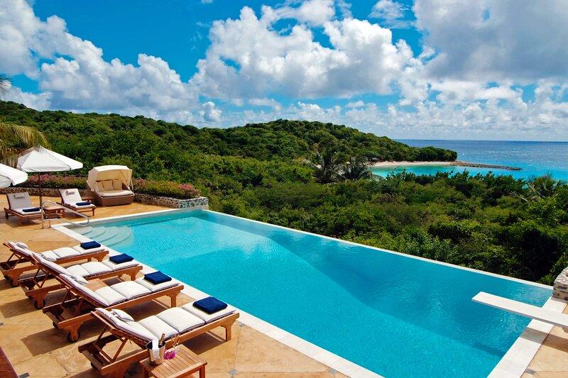 Big Blue Ocean Morpiceax Villa, alquiler de vacaciones en Canouan