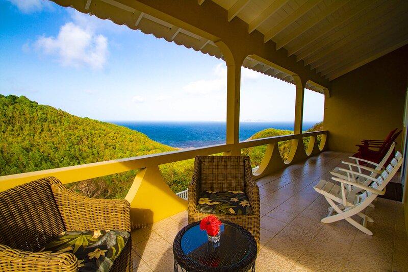 Hope View Villa, holiday rental in Port Elizabeth