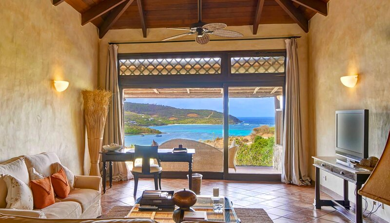 Carenage One Bedroom Suite with Plunge Pool, holiday rental in Canouan