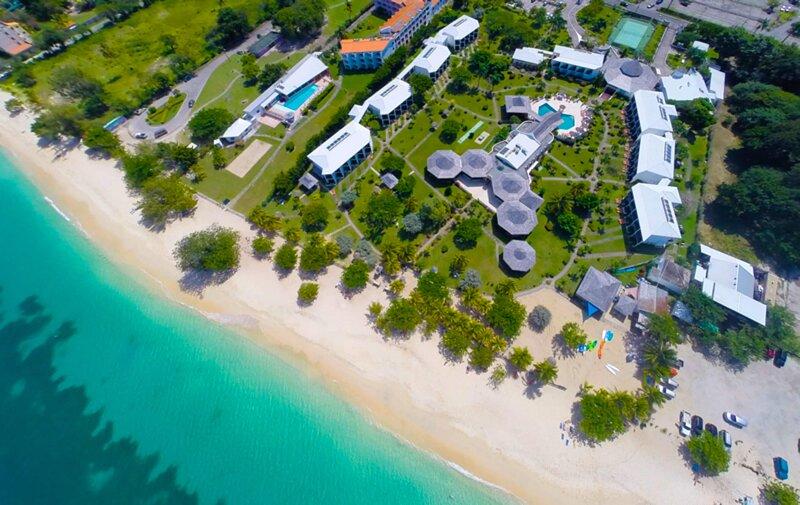 Coyaba Beach Resort, casa vacanza a Belmont