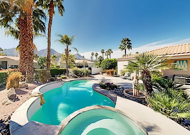 Private & Ideal Locale at Indian Wells | Heated Pool, Spa, Office & Casita, holiday rental in Indian Wells