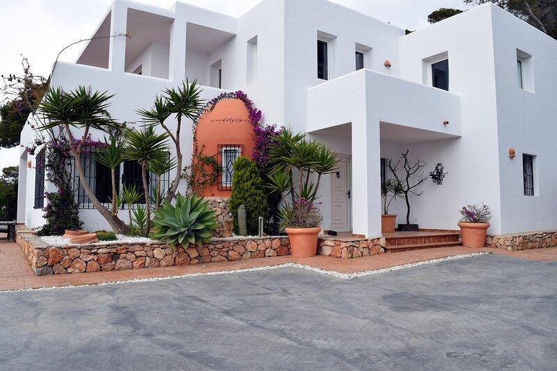 Villa La Piedra, alquiler de vacaciones en Sant Jordi