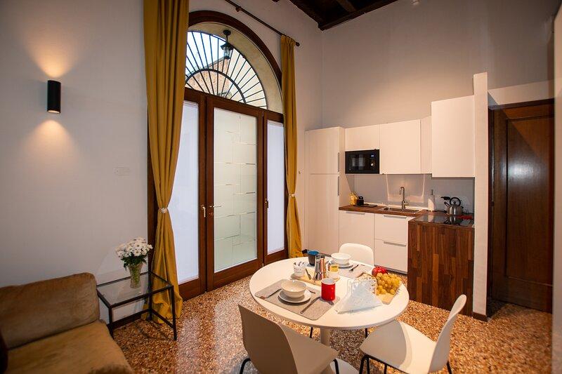 A Due Passi Dal Duomo - Mono, holiday rental in Rubano