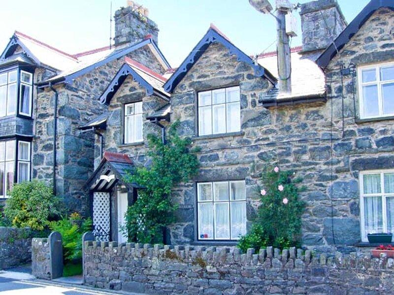 Artro View (10574), Llanbedr, holiday rental in Llandanwg