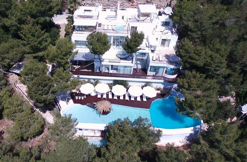 Villa Roca, Ibiza. Stunning, Famous Mountain Top Mansion,5 staff, 32m/105ft Pool, holiday rental in Sant Jordi