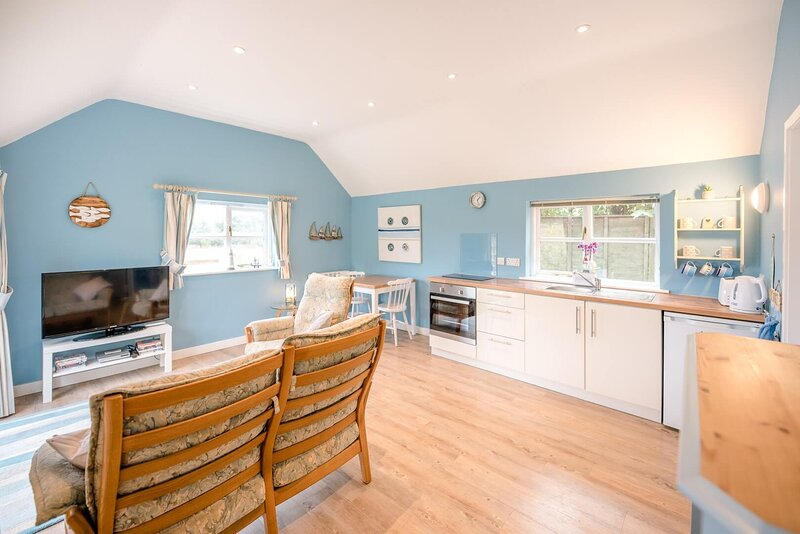 Little House, Aldringham (Air Manage Suffolk), holiday rental in Theberton