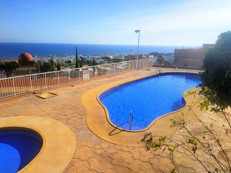 Marina Vistamar, apartamento con vistas al mar en Mojácar, holiday rental in Mojacar Playa