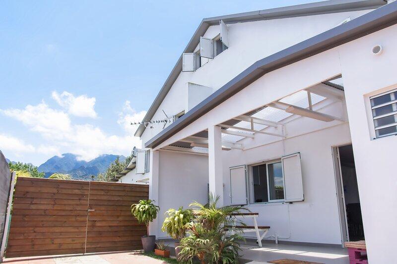 Amazing house with sea view & Wifi, location de vacances à Le Ouaki