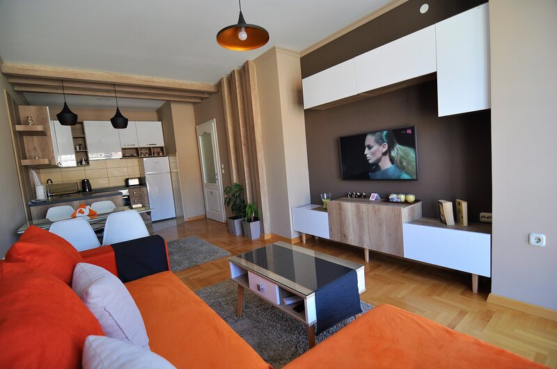 Apartment FANTASY with Lake View, vacation rental in Kalista