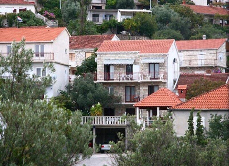 Zdenka - 70m from sea: A3(4) - Trpanj, casa vacanza a Oskorusno