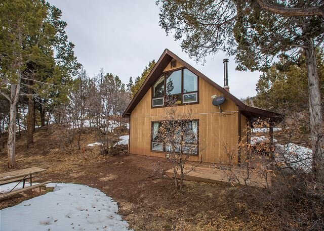 Secluded Cabin - 4 miles from Downtown Ouray, holiday rental in Ridgway