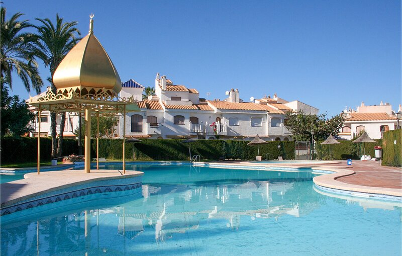 Amazing home in Elche with Outdoor swimming pool and 2 Bedrooms (EBI373), holiday rental in Pedralba