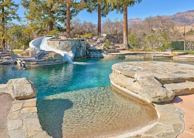 Roca Vista Ranch | 10 Acres | Private Pool, Gym, Theater, Office & Tennis, holiday rental in Ojai