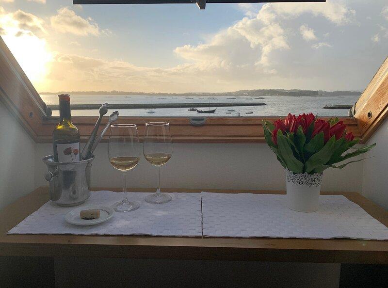 ATICO CON VISTAS AL MAR, vacation rental in Vilanova de Arousa