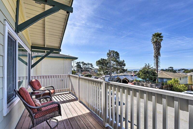 NEW! Half Moon Bay Coastal Retreat 0.4 Mi to Beach, vacation rental in Moss Beach